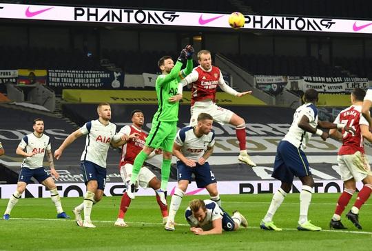 Son Heung-min - Harry Kane tỏa sáng, Tottenham đoạt lại ngôi đầu Ngoại hạng Anh - Ảnh 7.