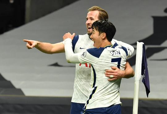 Son Heung-min - Harry Kane tỏa sáng, Tottenham đoạt lại ngôi đầu Ngoại hạng Anh - Ảnh 4.