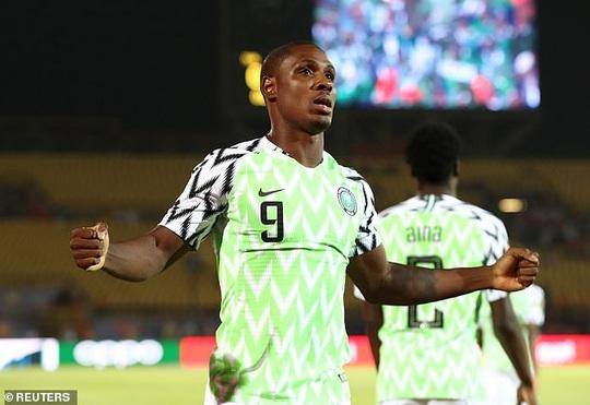 Vua phá lưới Cúp châu Phi Odion Ighalo bất ngờ gia nhập Man United  - Ảnh 5.