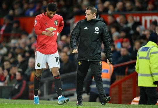 Vua phá lưới Cúp châu Phi Odion Ighalo bất ngờ gia nhập Man United  - Ảnh 1.