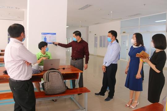 Trường ĐH cho sinh viên nghỉ đến ngày 1-3 - Ảnh 1.