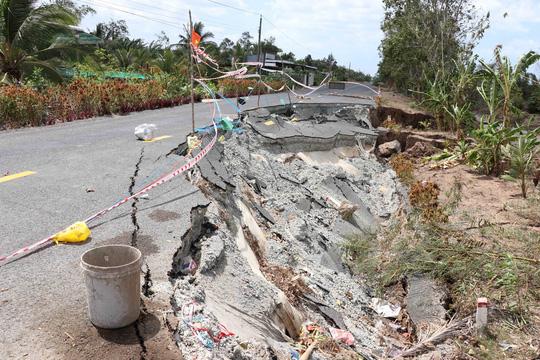 Cà Mau: Hạn mặn, sụt lún tàn phá kinh hoàng - Ảnh 2.