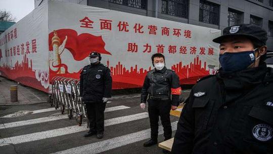 Covid-19: 500 tù nhân và lính canh ở Trung Quốc nhiễm virus - Ảnh 1.