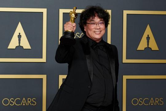 Ông Donald Trump chế giễu chiến thắng của Ký sinh trùng tại Oscar - Ảnh 2.