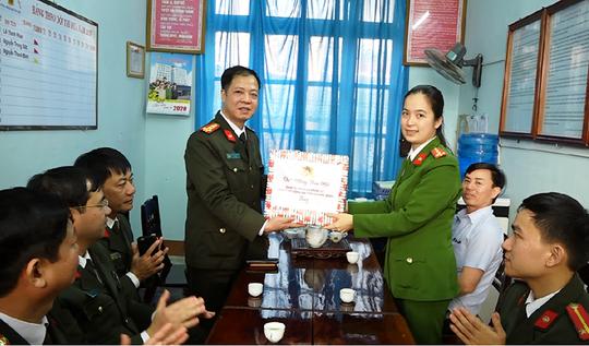 Quảng Bình điều động gần 500 công an chính quy về xã - Ảnh 3.