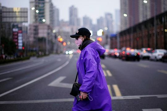 Covid-19: Số người nhiễm tăng vọt ở Hàn Quốc, khu Koreatown ở Mỹ báo động - Ảnh 3.
