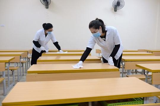 Học sinh Hà Nội nghỉ học đến hết 8-3 - Ảnh 1.