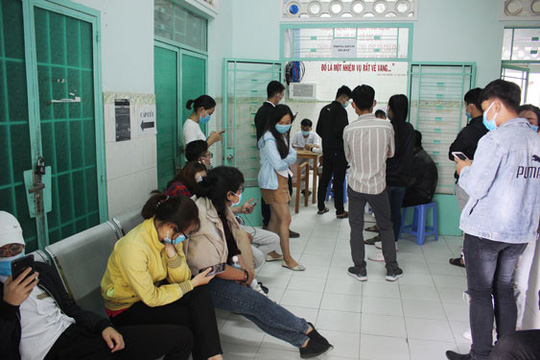 Những chiến binh chống nCoV ở Khánh Hòa: Ai cũng sợ thì lấy ai chữa bệnh! - Ảnh 1.