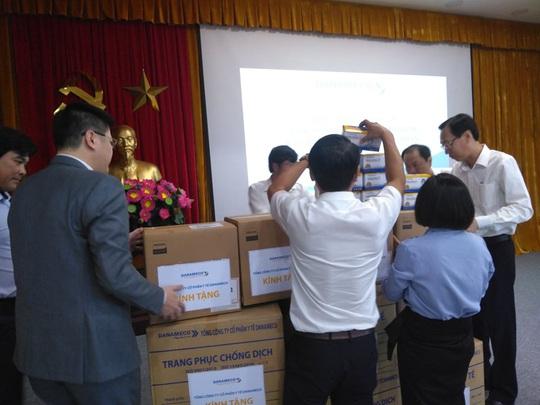 TP HCM điều xe xuống miền Tây rước công dân về từ Hàn Quốc - Ảnh 1.
