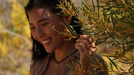 Sau Thương nhớ ở ai, đạo diễn Lưu Trọng Ninh tái xuất với Cát Đỏ - Ảnh 2.