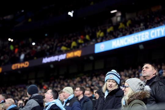 Hoãn trận đại chiến Man City - Arsenal vì Covid-19 - Ảnh 3.