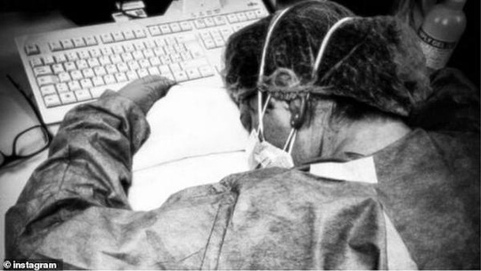 Covid-19: Những nữ y tá kiên cường trên tuyến đầu - Ảnh 2.