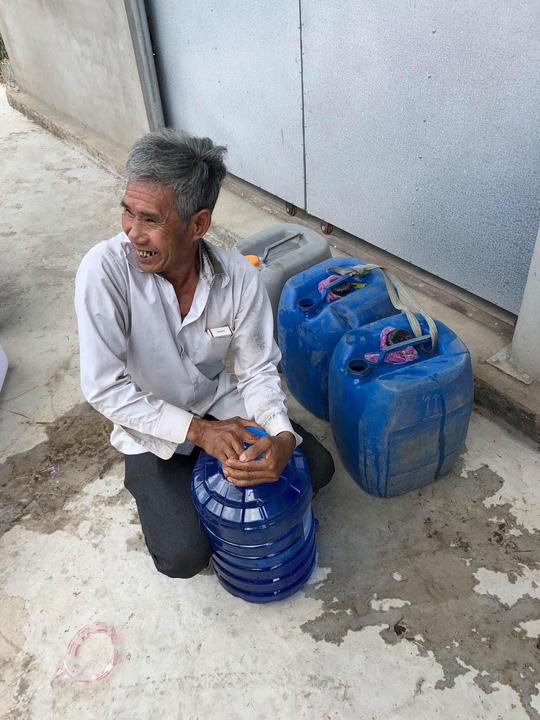 Trắng đêm mang nước ngọt đến với người dân vùng hạn mặn - Ảnh 7.