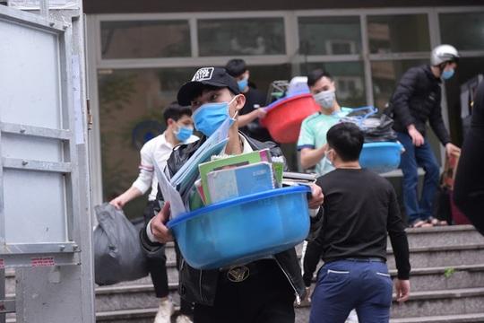 Hà Nội lập thêm nhiều khu cách ly để đón 20 ngàn người - Ảnh 1.