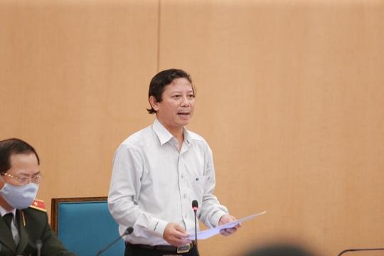 Chủ tịch Hà Nội: Cửa an toàn đã hẹp lại, có thể có nhiều người dương tính SARS-CoV-2 - Ảnh 1.
