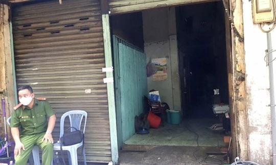 TP HCM: Điều tra vụ cháy nhỏ nhưng khiến 1 người đàn ông thiệt mạng ở quận 5 - Ảnh 1.