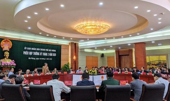 Phó Chủ tịch TP Hải Phòng nói về việc chi 269 tỉ đồng tặng quà người dân - Ảnh 2.