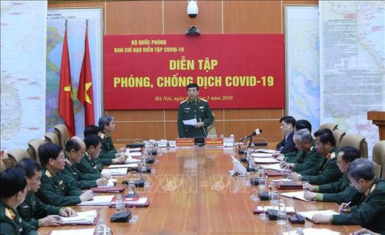 Cận cảnh quân đội diễn tập phòng, chống dịch Covid-19 tại Bộ Quốc phòng - Ảnh 3.