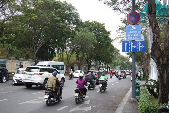 NÓNG: Chạy xe ẩu trên 14 tuyến đường này ở TP HCM sẽ bị camera bắt dính - Ảnh 1.
