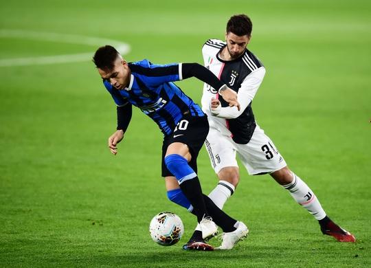 Juventus thắng đại chiến nước Ý, Inter Milan hết mơ vô địch - Ảnh 2.