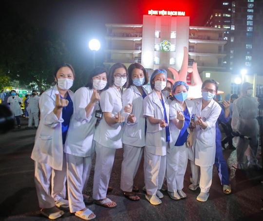 Vừa hết cách ly, Bệnh viện Bạch Mai đơn phương chấm dứt hợp đồng với Công ty Trường Sinh - Ảnh 3.
