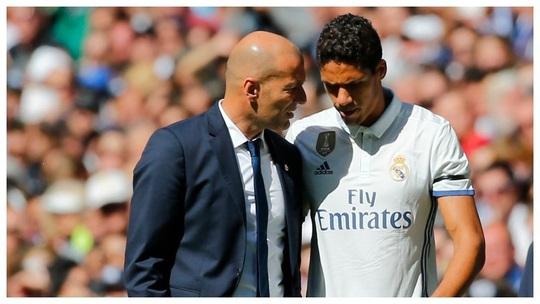 Ngả mũ với biệt tài mua sắm cầu thủ của HLV Zinedine Zidane - Ảnh 8.