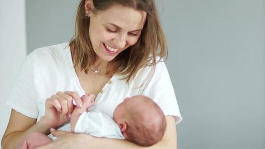 Các phòng khám Mỹ tăng tới 400% các yêu cầu phá thai - Ảnh 2.