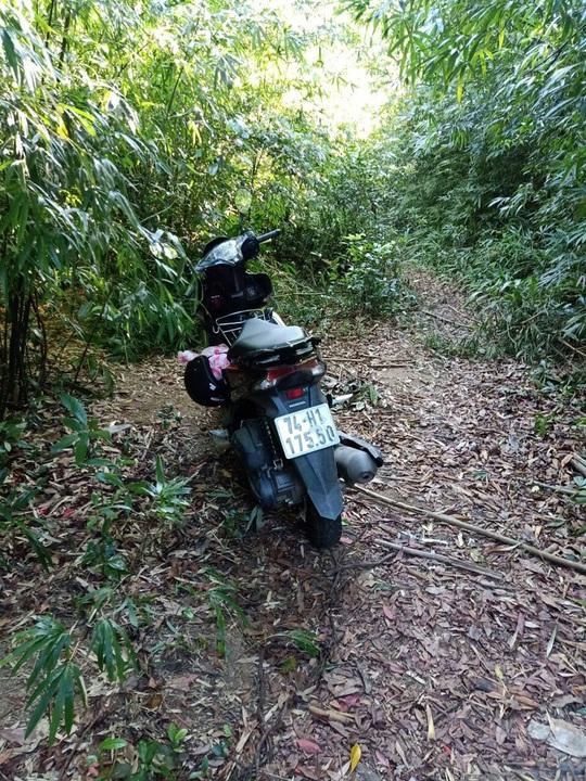Huy động lực lượng tìm kiếm 2 cô gái bị mất tích khi đi hái măng rừng - Ảnh 1.
