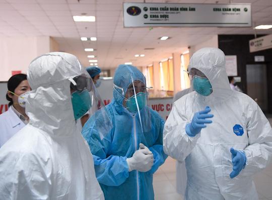 Quán bar Buddha thêm 2 ca mắc mới, Việt Nam có 237 bệnh nhân Covid-19 - Ảnh 1.