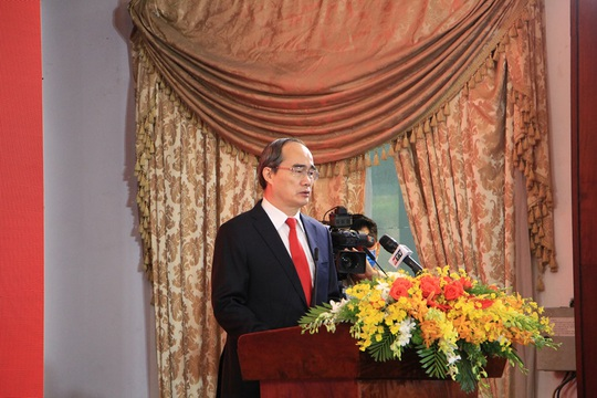 TP HCM long trọng kỷ niệm 45 năm Ngày Giải phóng miền Nam, thống nhất đất nước - Ảnh 2.