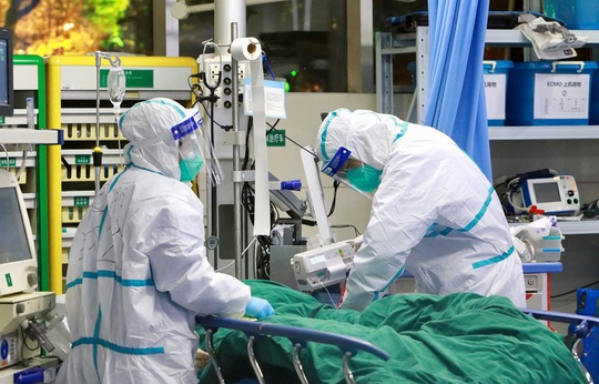 Hôm nay 10-5, hội chẩn đánh giá khả năng ghép phổi cho phi công Anh - Ảnh 3.