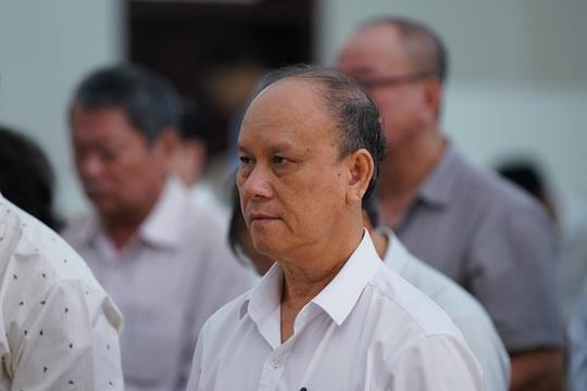 2 nguyên chủ tịch Đà Nẵng bị tuyên tổng cộng 27 năm tù, bắt giam tại tòa - Ảnh 3.