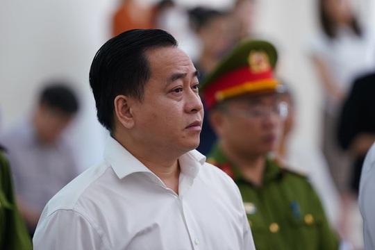 2 nguyên chủ tịch Đà Nẵng bị tuyên tổng cộng 27 năm tù, bắt giam tại tòa - Ảnh 11.