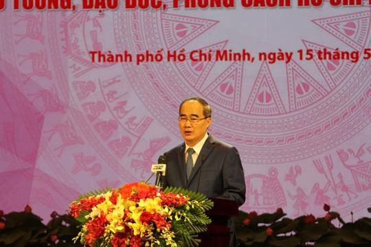 TP HCM long trọng tổ chức lễ kỷ niệm 130 năm ngày sinh Chủ tịch Hồ Chí Minh - Ảnh 1.