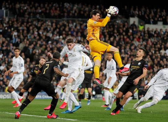 Ngoại hạng Anh phá rối Champions League - Ảnh 1.