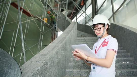 Đề xuất mới cho lao động nước ngoài làm việc tại Việt Nam - Ảnh 1.