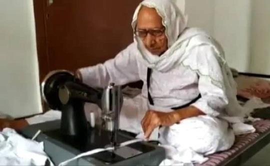 Chiến binh chống corona 98 tuổi ở Ấn Độ - Ảnh 1.