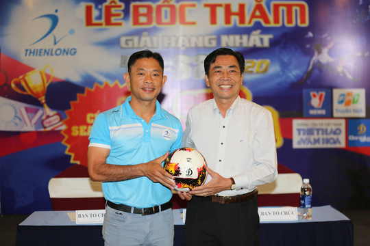 Sân chơi bóng đá phong trào nức tiếng Sài Gòn trở lại đầy hấp dẫn sau dịch Covid-19 - Ảnh 1.