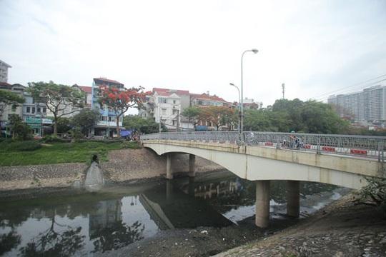 Hồi sinh sông Tô Lịch để phát triển đồng bộ - Ảnh 1.