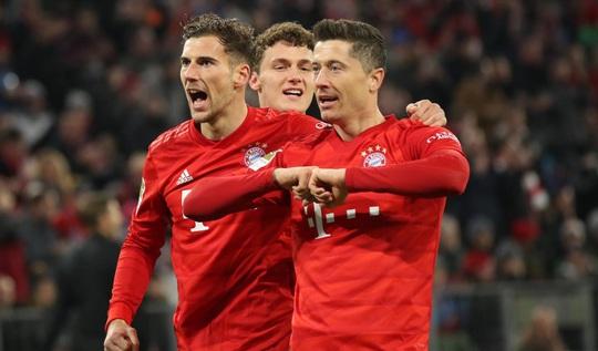Phá nát mọi hàng thủ Bundesliga, Lewandowski lập siêu kỷ lục - Ảnh 6.