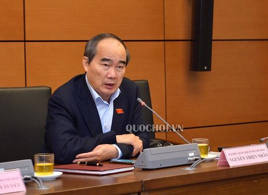 Bí thư Nguyễn Thiện Nhân: Xử lý nghiêm, quyết liệt vụ 200 người đập phá quán ốc - Ảnh 1.