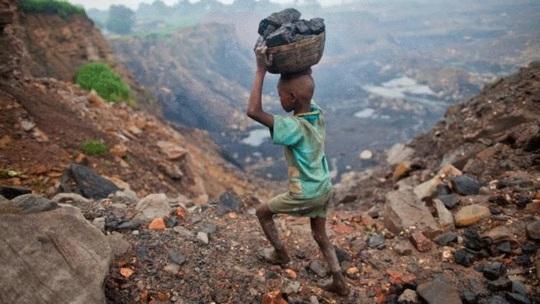 Dịch Covid-19 đẩy 1 tỉ người rơi vào cảnh đói nghèo cùng cực - Ảnh 1.