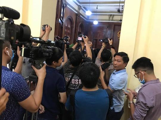 Phúc XO bị đề nghị mức án từ 10-12 năm tù - Ảnh 2.