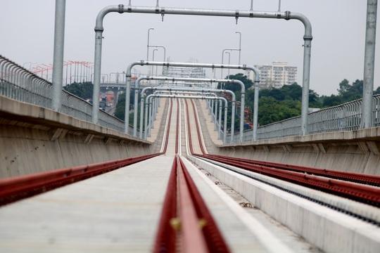 Cận cảnh ga trên cao tuyến metro Bến Thành - Suối Tiên sắp hoàn thiện - Ảnh 10.