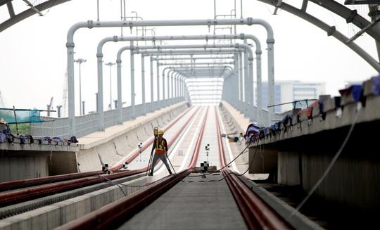 Cận cảnh ga trên cao tuyến metro Bến Thành - Suối Tiên sắp hoàn thiện - Ảnh 9.