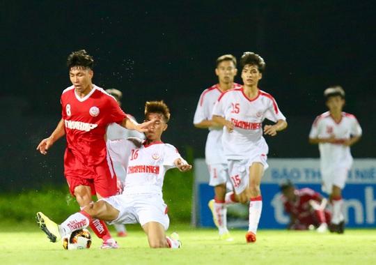 VCK U19 Quốc gia 2020: TP HCM gục ngã phút cuối, HAGL cầm hòa chủ nhà - Ảnh 2.