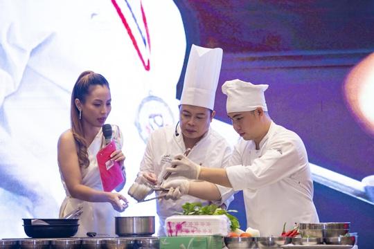 Đầu bếp của sao Hollywood cùng sao Việt chia sẻ bí quyết dinh dưỡng - Ảnh 1.