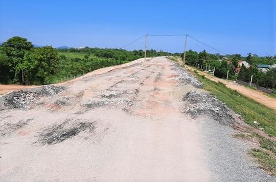 Vừa sửa chữa hết 150 tỉ đồng, đê sông Chu ở Thanh Hóa đã xuống cấp, hư hỏng nhiều nơi - Ảnh 1.