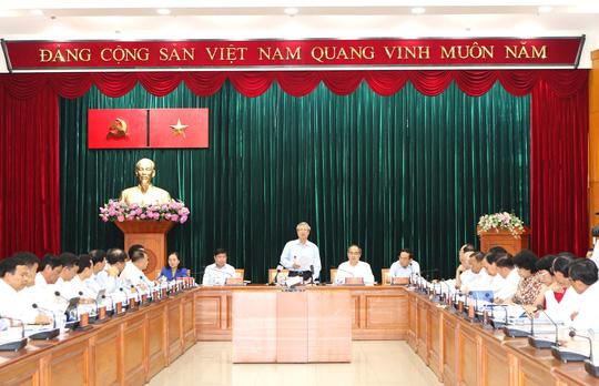Cần quyết liệt xây dựng Đảng bộ TP HCM thật sự vững mạnh, đoàn kết, thống nhất - Ảnh 1.