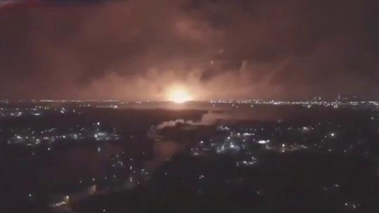 Thủ đô Iran rung chuyển, nghi bị tấn công quân sự - Ảnh 2.